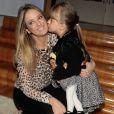 Ticiane Pinheiro leva a filha, Rafaella Justus, ao aniversário das filhas de Rodrigo Faro e Vera Viel
