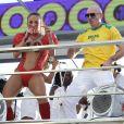 Claudia Leitte e Pitbull se divertiram no bloco Blow Out, em Salvador