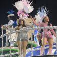 As cantoras sertanejas desfilaram no quinto carro da escola de samba, que homenageou os caminhoneiros