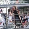 Claudia Leitte cantou seus hits no bloco