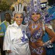Sheron Menezzes e Bianca Monteiro posaram juntas antes do desfile da Portela