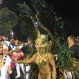 Viviane Araújo fez sucesso ao chegar na concentração e ouviu gritos de 'Vem, Vivi'