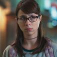 Na novela 'Malhação - Viva a Diferença', Benê (Daphne Bozaski) não gosta de ouvir os seus pais discutindo sobre a sua pensão
