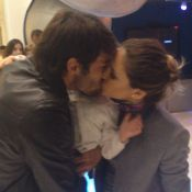 Kaká e Carol Celico se beijam em festa do filho e afastam rumores de separação