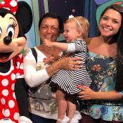 Thais Fersoza se encanta com reação da filha, Melinda, ao ver a Minnie: 'Demais'