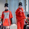 A Grinko chamou atenção ao fazer um desfile de peças em moletom com protesto pedindo o fim da agressão contra as mulheres