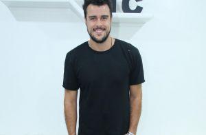 Joaquim Lopes surge com cabelo comprido e barba grande para novela: 'Olegário'