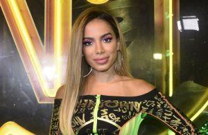 Anitta vibra ao ouvir sua música em rádio nos EUA: 'Primeira vez fora do Brasil'