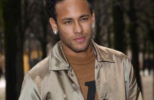 Neymar passa bem após cirurgia no pé direito: 'Transcorreu tudo com sucesso'