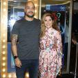 Camilla Camargo e o namorado, Leonardo Lessa, prestigiaram a peça 'Que Tal Nós Dois?' na noite deste sábado, 3 de março de 2018
