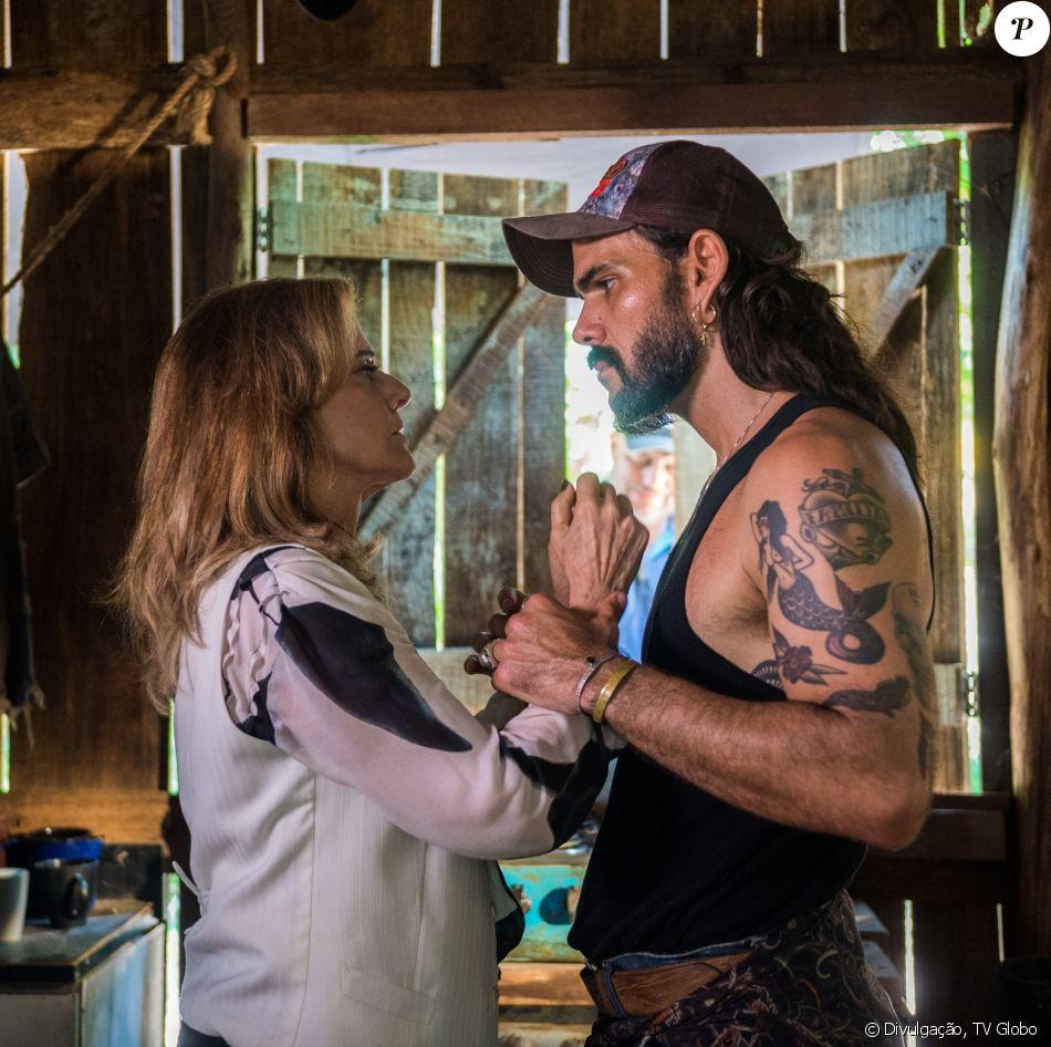 Sophia (Marieta Severo) faz mais uma vítima e assassina Mariano (Juliano Cazarré) a tesouradas nos próximos capítulos da novela 'O Outro Lado do Paraíso'