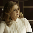 Sophia (Marieta Severo) finge aceitar chantagem de Zé Victor (Rafael Losso), na novela 'O Outro Lado do Paraíso'
