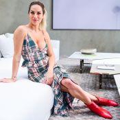 Giovanna Ewbank combina vestido xadrez com bota vermelha em evento. Fotos!