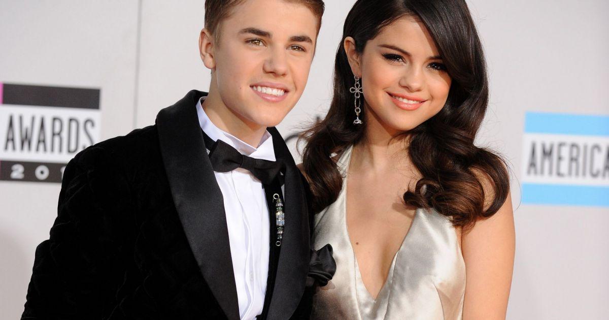 Rare: Selena Gomez lança álbum e fala sobre término com Justin Bieber