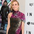 Os paetês do vestido Halpern de Diane Kruger formavam uma animal print