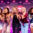 Sasha Meneghel posa com as demais representantes da marca, Vanessa Aud, Bibi Campos, Luane Dias e Tata Estaniecki