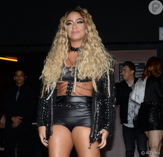 Rafaella Santos usou look com pegada rock and roll em festa de aniversário nesta segunda-feira, 19 de março de 2018