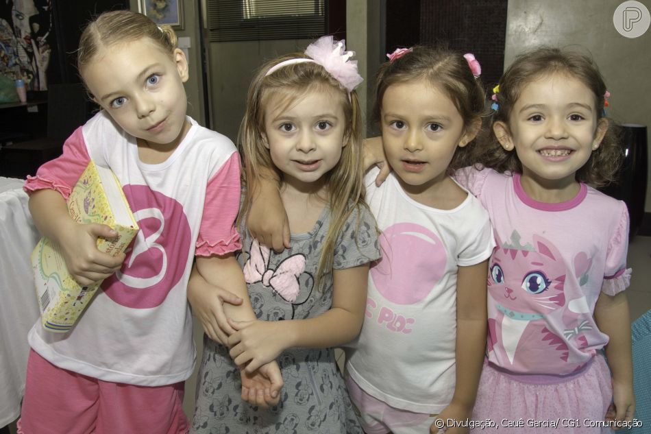 Filha de Sheila Mello e Xuxa recebeu amiguinhas em sua festa de aniversário 9b1155acba