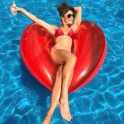 Juliana Paes comemora chegada dos 39 anos em foto de biquíni: 'Grata pela vida'