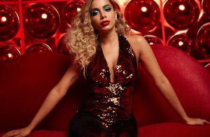 Stylist explica look de Anitta em 'Indecente': 'Referência anos 70, disco glam'