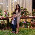 Mãe de Yudhi, Mileide Mihaile  festejou seus 29 anos em uma casa de festas no Alto da Boa Vista