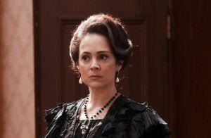 'Orgulho e Paixão': Barão passa mal ao descobrir por Julieta que está endividado