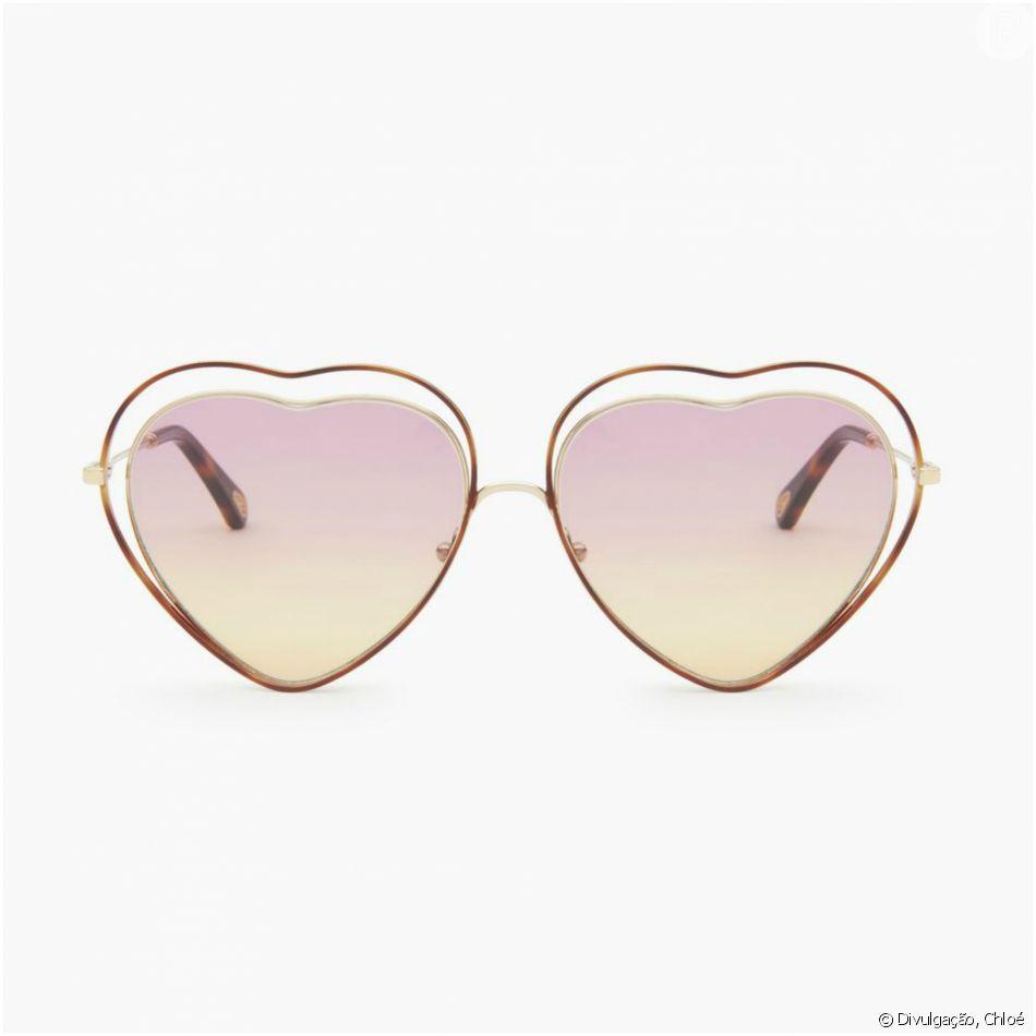 0537b2cabdaf4 Com armação metálica delicada e vazada, os óculos da marca Chloé custam €  315, cerca de R  1.360