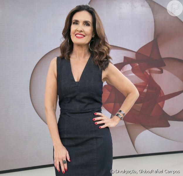 Fátima Bernardes contou que comprou blusa da filha após encontrar peça em bazar no 'Encontro' desta segunda-feira, 2 de abril de 2018