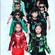 O verde foi a cor forte do desfile da coleção  outono/inverno 2019 da marca  Sunhaitao