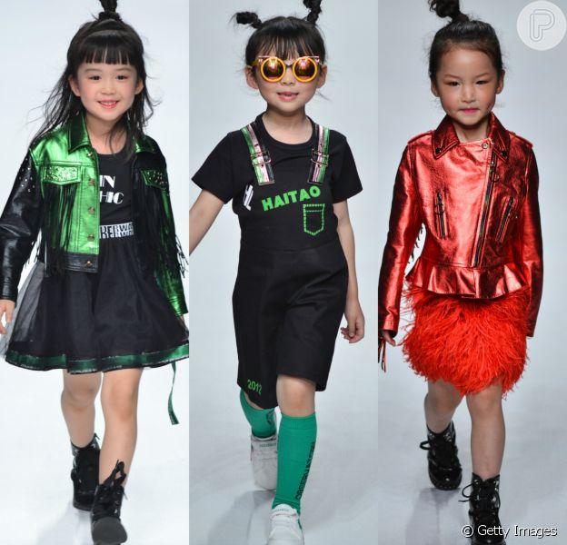 Crianças deram show de fofura e estilo no desfile da marca Sunhaitao, na Mercedes-Benz China Fashion Week, em Pequim, em 30 de março de 2018