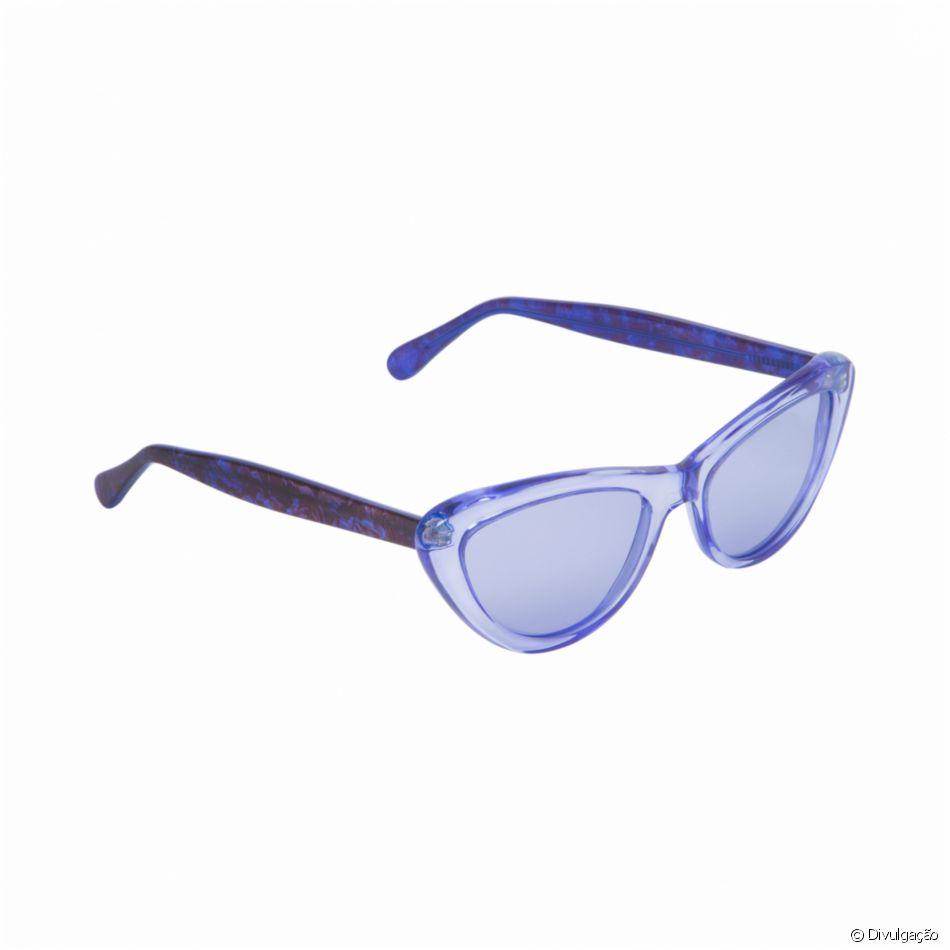 574d9fd1b A marca Helena Bordon tem ainda os óculos azuis Tribeca por R$ 479 ...