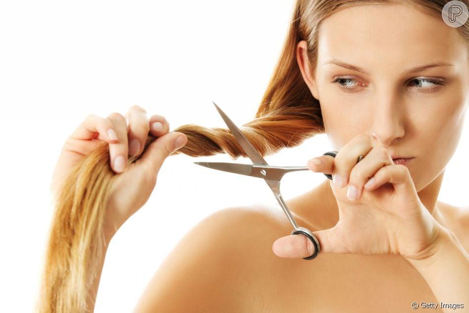 1628a032ef1f2 Inspire-se no seu formato de rosto para escolher o corte de cabelo ...