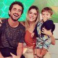 Felipe Andreoli e Rafa Brites comemoraram o primeiro ano de Rocco com uma festa inspirada no Carnaval