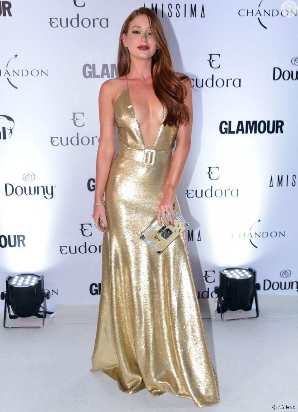9b43e54b0 Marina Ruy Barbosa prestigia 4ª edição do Prêmio Glamour, realizado em São  Paulo, na