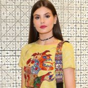 Camila Queiroz lamenta um ano da morte do pai: 'Olhando e cuidando daí de cima'