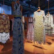 Isabela Capeto tem exposição pelos 15 anos na moda como incentivo após incêndio
