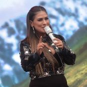 Simone faz shows sem Simaria e explica: 'Ficou doente e está internada'