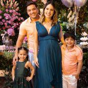 Wesley Safadão anuncia que será pai de menino em chá de revelação: 'Realizado'