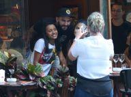 Ex-BBBs Gleici e Wagner vão a restaurante no RJ e são abordados por fãs. Fotos!