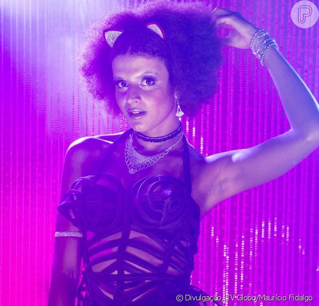 Gabriela Loran é a primeira atriz trans em 'Malhação'. Ela interpreta a professora de dança Priscila em 'Vidas Brasileiras'