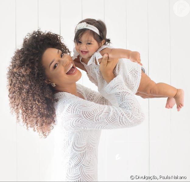Yolanda, de 7 meses, protagonizou um ensaio fofo com a mãe, Juliana Alves