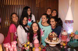 Mel Maia celebra 14 anos com festa do pijama e reúne amigas: 'Amo muito'