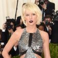 Taylor Swift  vestiu  Louis Vuitton  MET Gala 2016