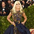Designer de moda italiana Donatella Versace no Met Gala 2018