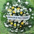 Mãe de Xuxa, dona Alda, ganhou coroa de flores de Paula Fernandes