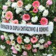 Dona Alda, mãe de Xuxa, foi homenageada também pela dupla Chitãozinho e Xororó com uma coroa de flores