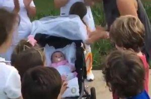 Patricia Abravanel celebra 4 meses da filha, Jane, em família: 'Bagunça'. Vídeo