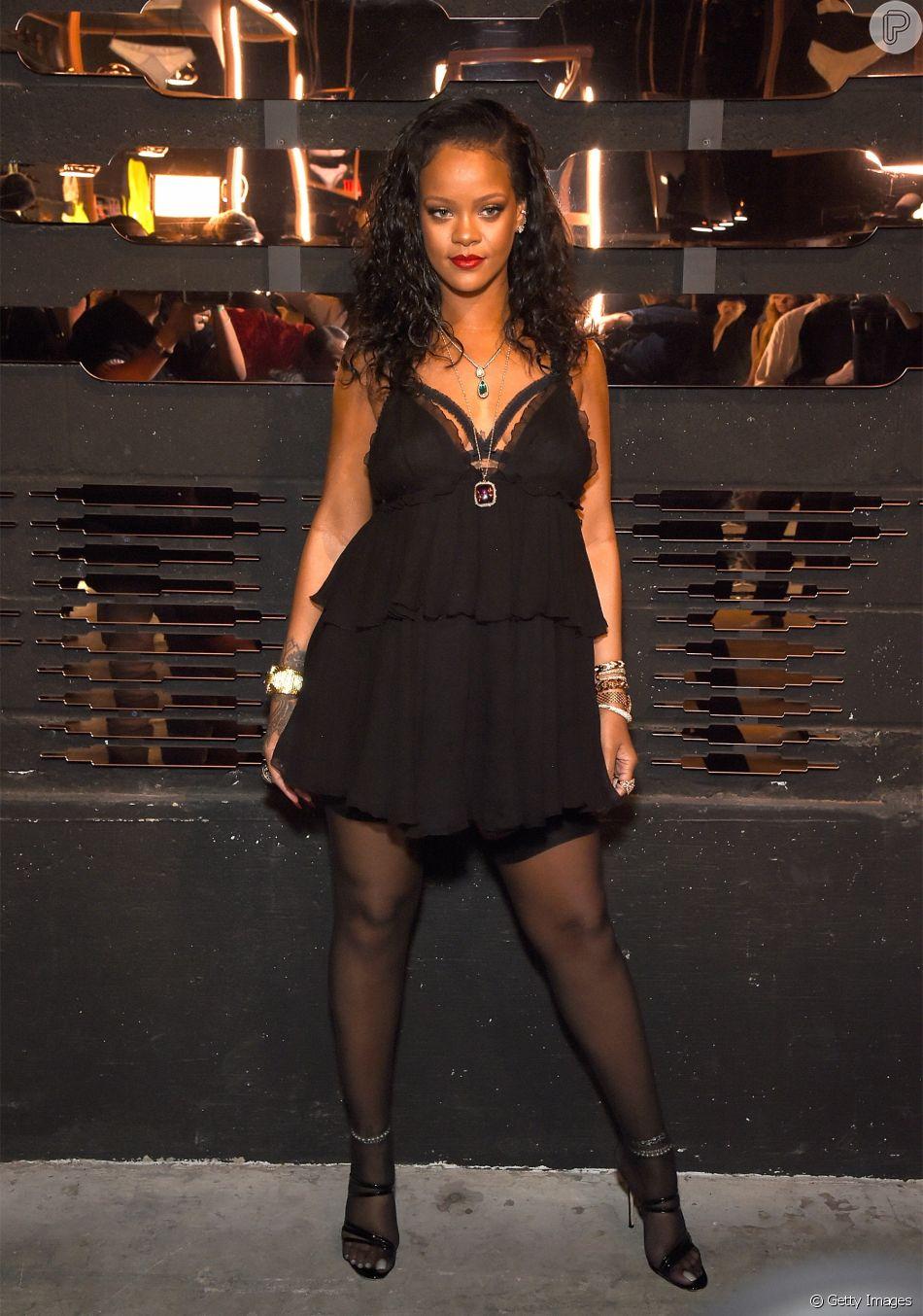 5a7fafac0 Rihanna lança coleção de lingerie com peças que vão do básico ao sexy n o  espaço Villain
