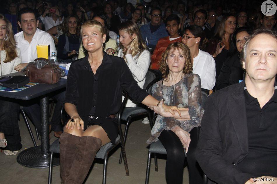 Xuxa Meneghellamenta saudades da mãe, Dona Alda: 'Hoje está mais difícil'