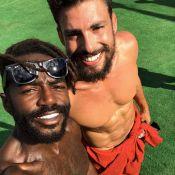 Cauã Reymond samba com Jonathan Azevedo em final de gravação de série. Vídeo!